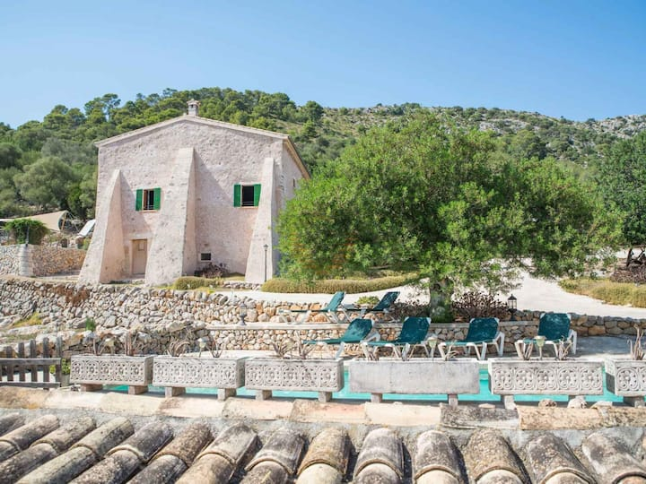 Ca Na Basera, Country house in Alcudia, Mallorca