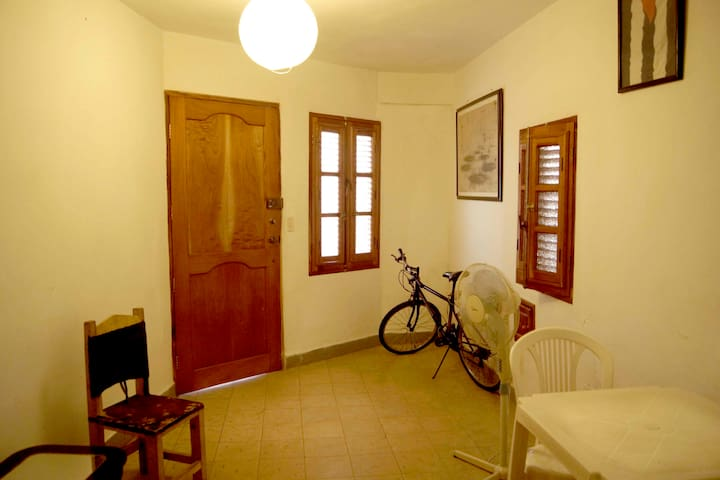 Independent flat in Vedado, Havana
