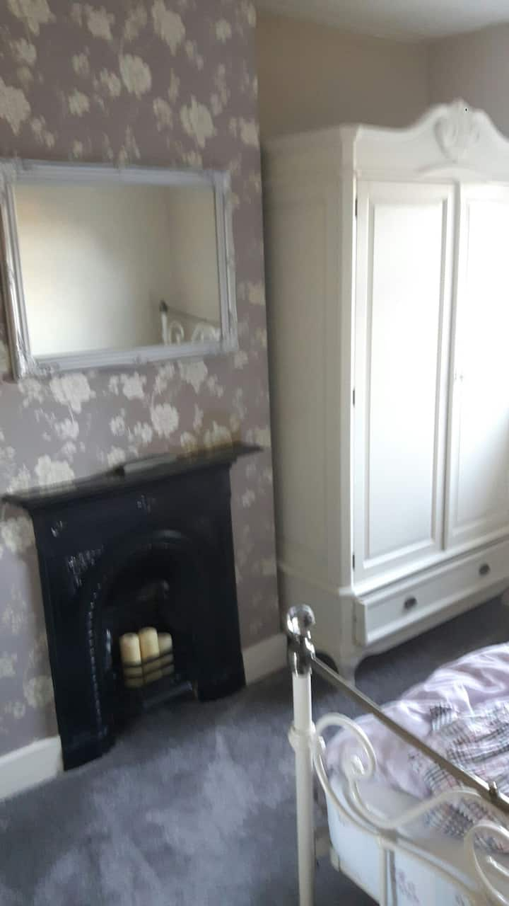 Lovely 3 Bedroom Victorian Home