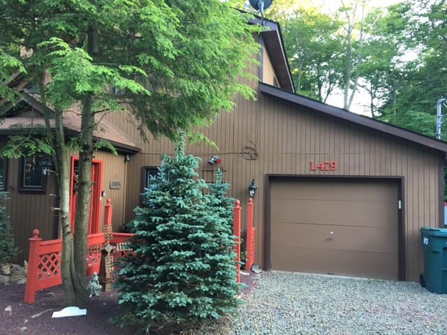 Peaceful, Quiet, and Private Cabin - Tobyhanna - Cabaña