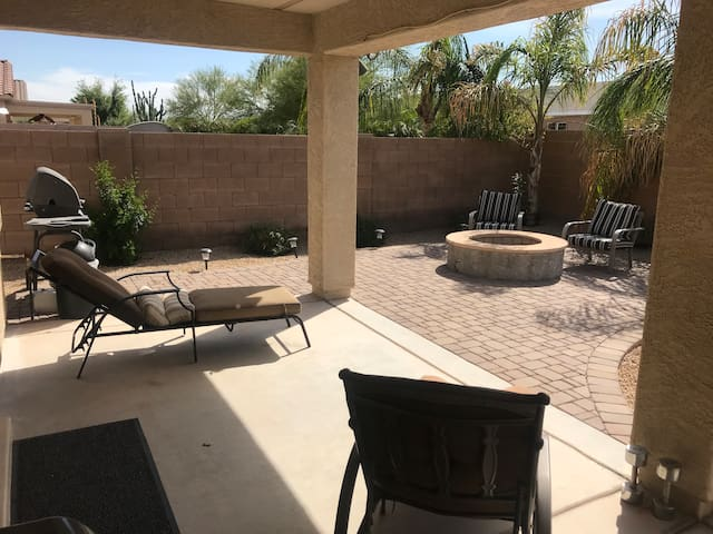 Private room/bath  Fire-pit/patio & pool table