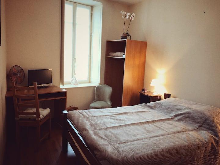 Chambre privée à Saint Romain
