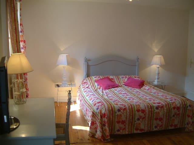 Chambres Le Calme en Beaujolais - Denicé