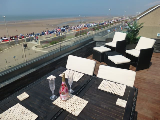 Cleveleys car show from the sun terrace