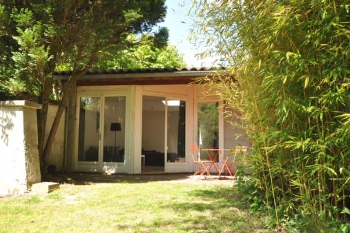Studio de 45m2 indépendant avec jardin - Tassin-la-Demi-Lune
