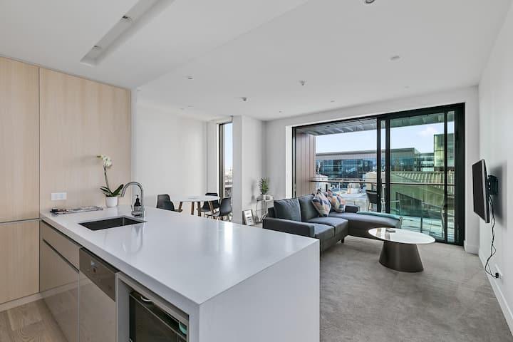 Modern City Apartment - Wynyard Quarter!