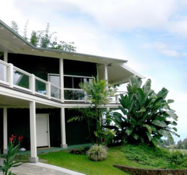 5 acre private Coffee Estate in Holualoa