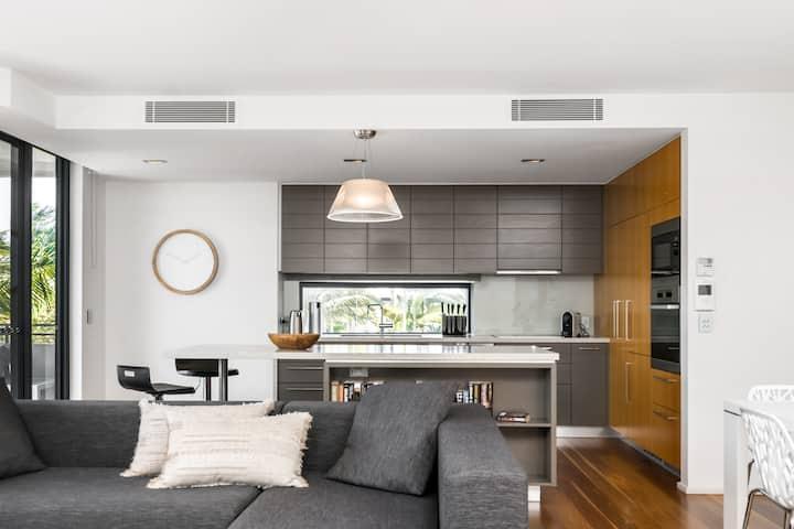 Drift Penthouse - Luxury in the heart of Byron Bay
