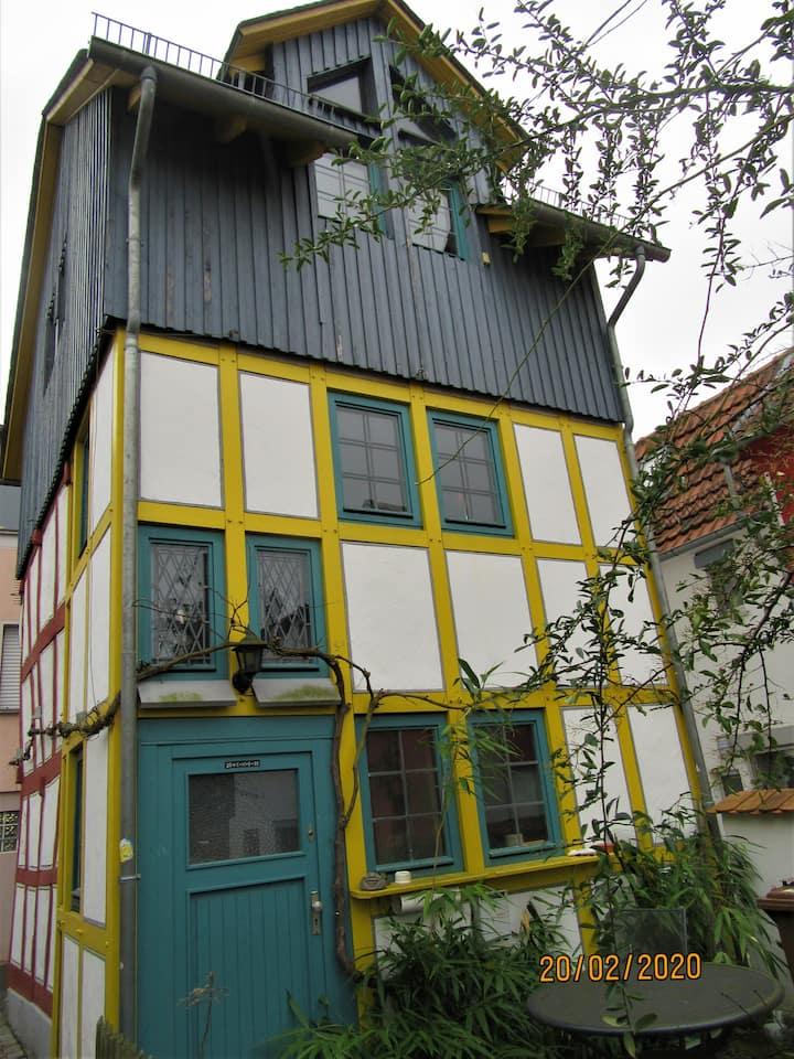 Historisches Fachwerkhäuschen in der Altstadt