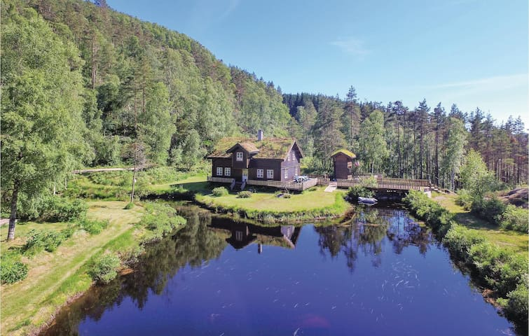 Holiday cottage with 5 bedrooms on 160m² in Kvinesdal