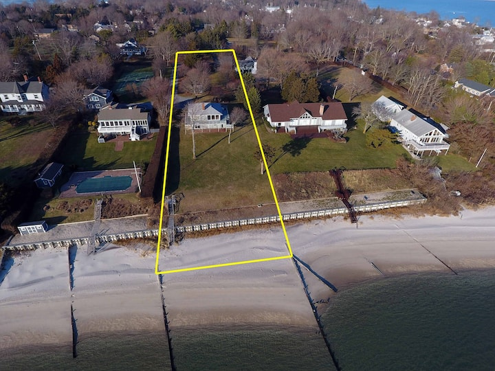 Waterfront, Private Beach, 5bdrm North Fork home