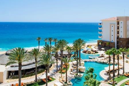 Grand Solmar resort Master suit - Cabo San Lucas - Condominium