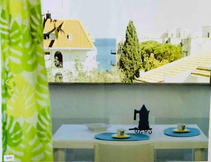 Lovely 2-Bed Apartment in Giardini Naxos