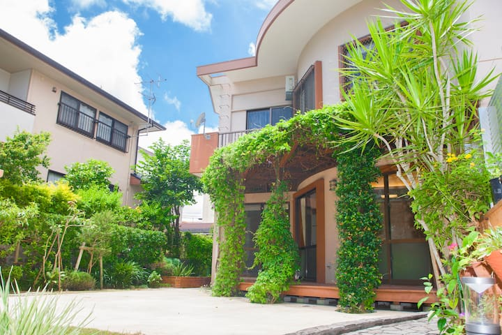 Superior Resort Villa at Okinawa~5LDK house【180㎡】~