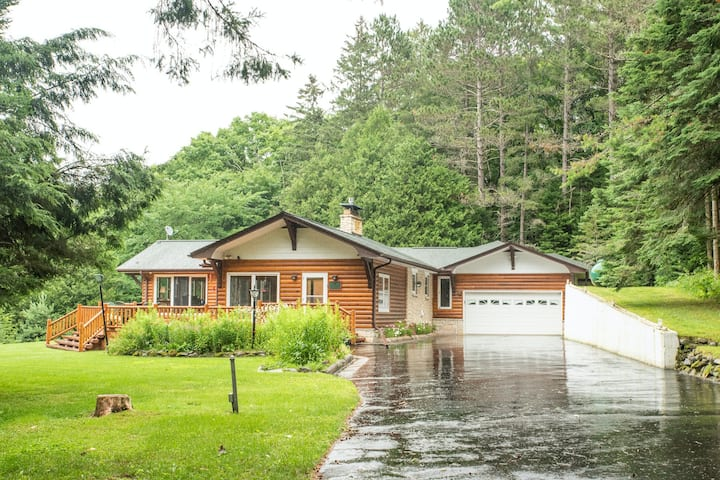 Secluded lakefront gem w/ a full bar, private dock, & views - dogs welcome!
