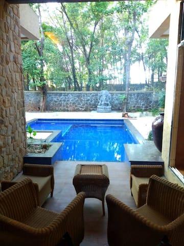 Private Pool 6bhk Villa Visava