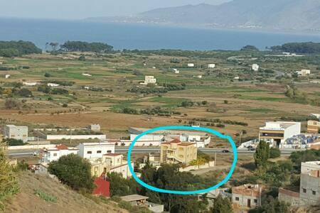 Villa 10 buiten Alhoceima (Ajdir)