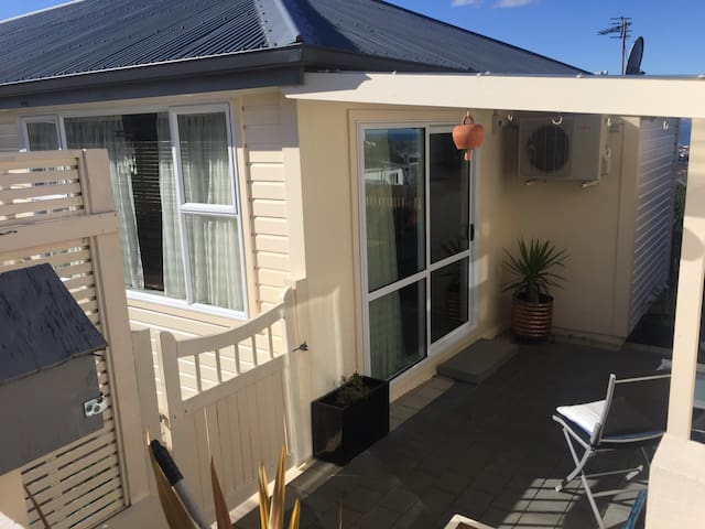 Fully self contained unit - Dunedin - Daire