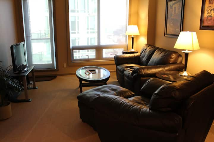 Furnished 2 Bedroom in Downtown Calgary Beltline