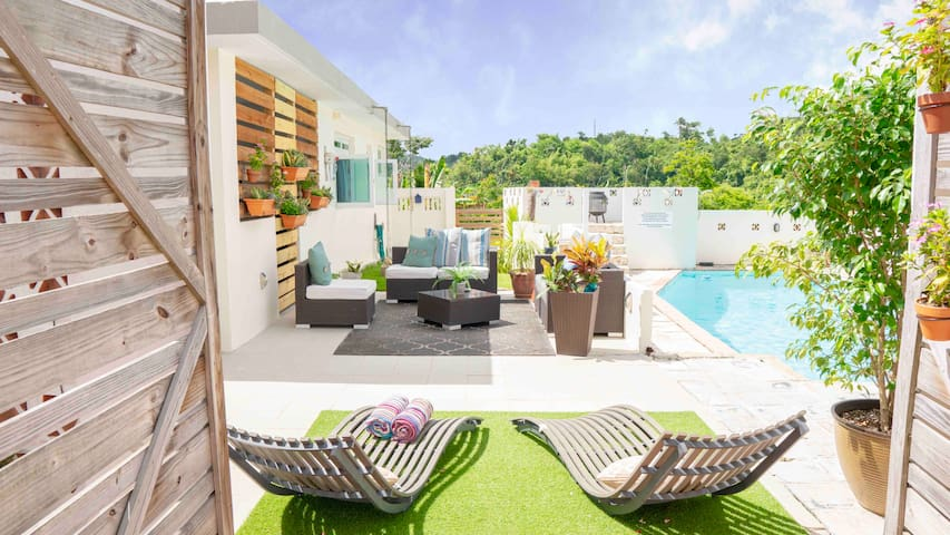Private pool, retreat, getaway, near san juan
