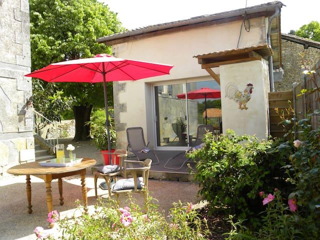Douceur de vivre en Périgord vert (chambre d'hôte) - Grand-Brassac - Bed & Breakfast