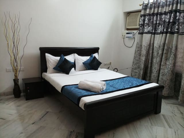 Budget Accommodation in Banjara Hills