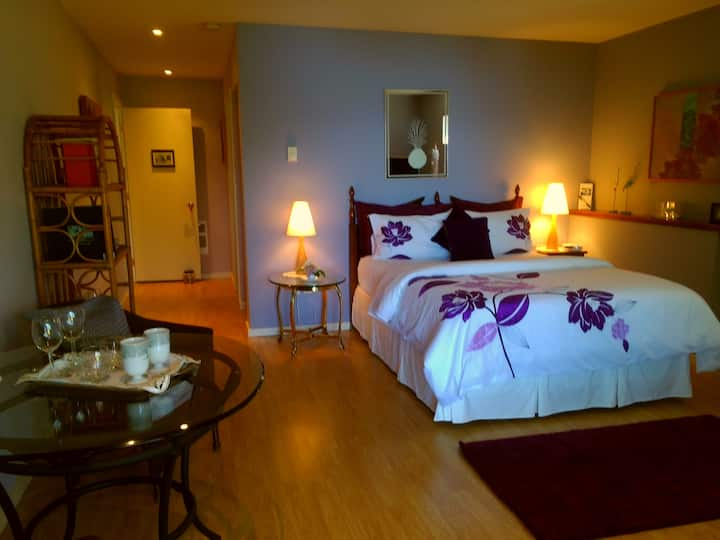 Maple Suite-Sechelt Inlet B&B