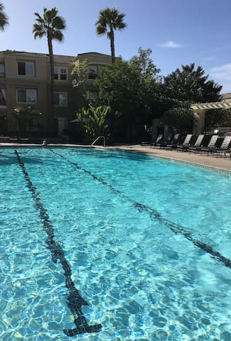 Spacious Room, All the Amnetites, and Comfortable - Newport Beach - Pis