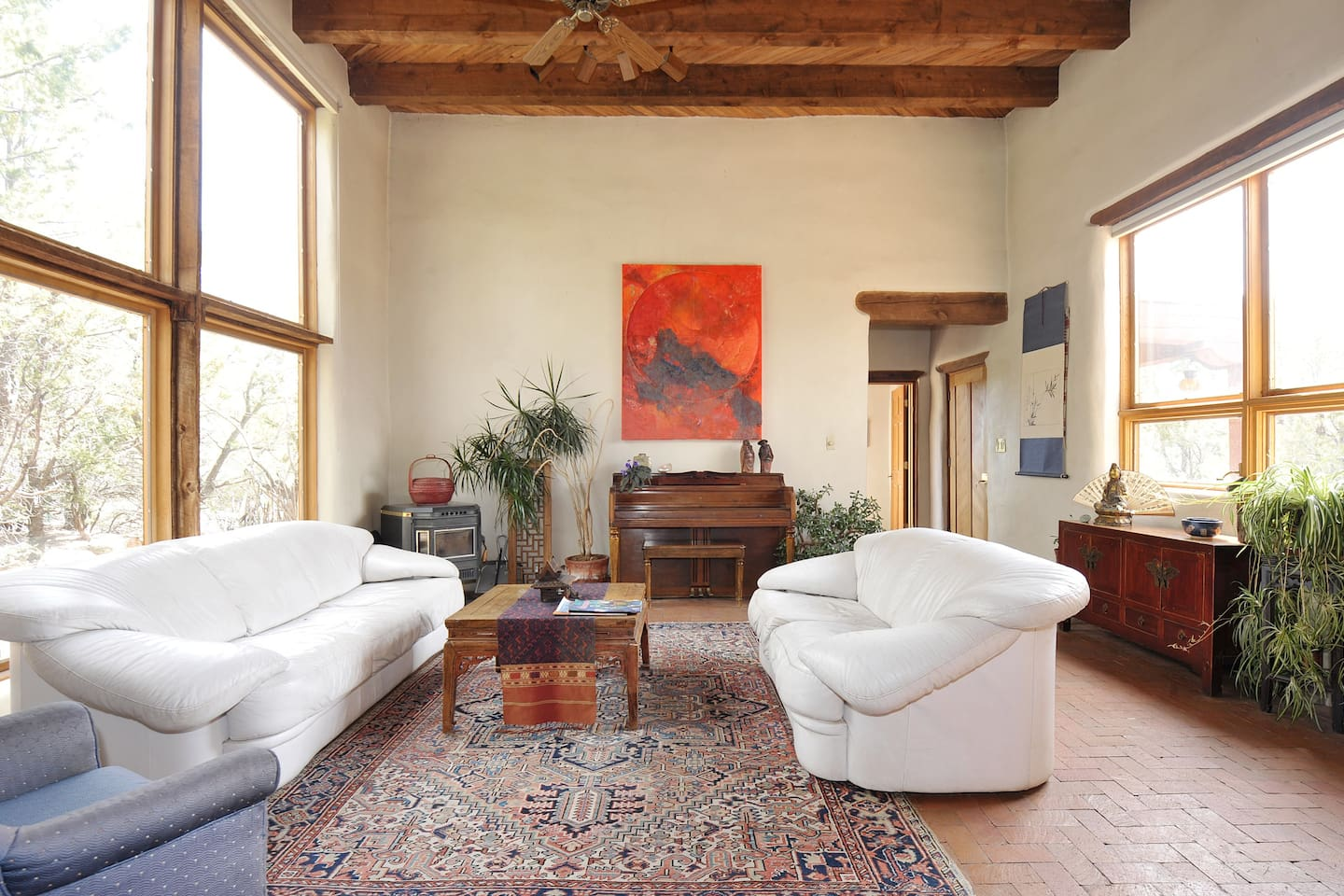 Living Room available to guests
