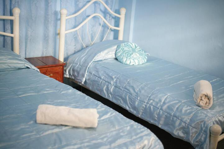 Hostal Pilar Santa Clara Cuba - Habitación Azul