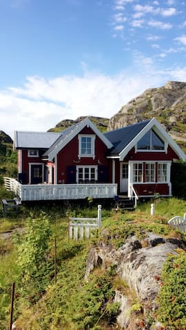 Sharming cabin in Sund - Flakstad  - Cabin