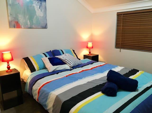 Private room close to Sydney Olympic Park& CBD