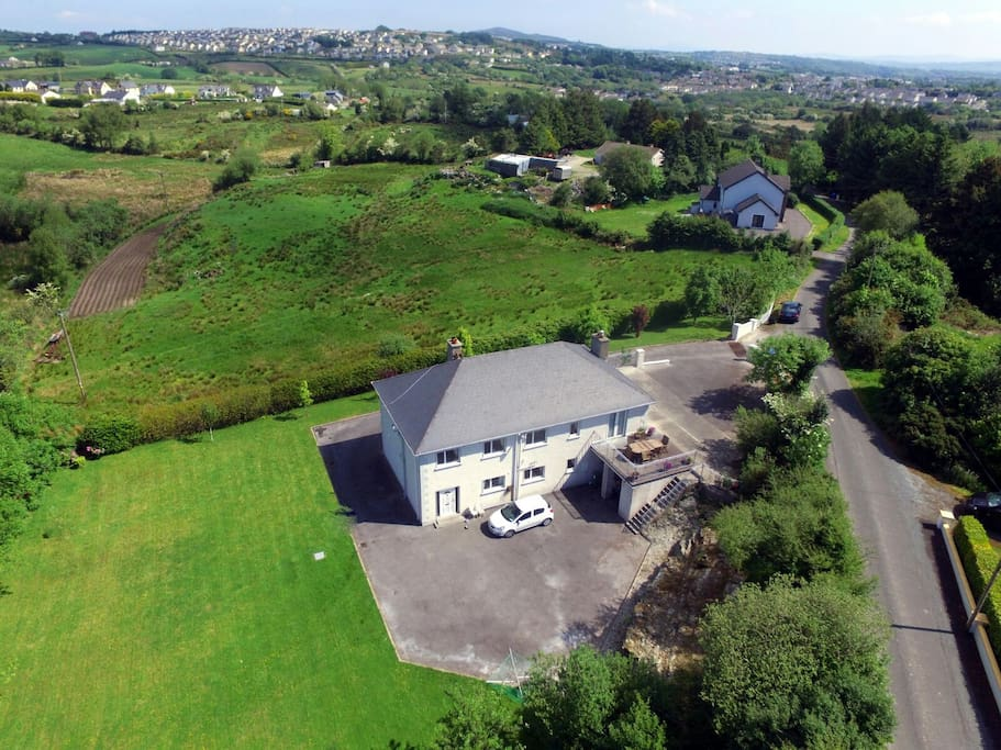 The house is 3km from Letterkenny in a rural setting.