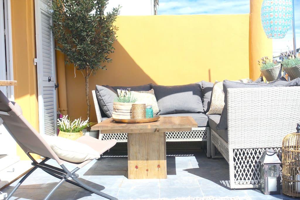 apartement olivia 2bedr 2bath large terrasse. Black Bedroom Furniture Sets. Home Design Ideas