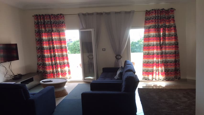 Le Campement Room 2
