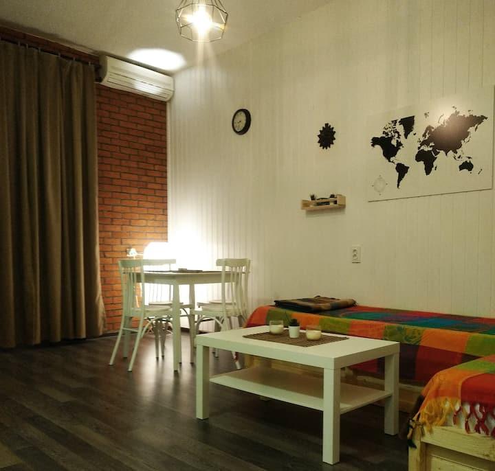 Cozy Loft Studio 1 double & 2 single+ transfer