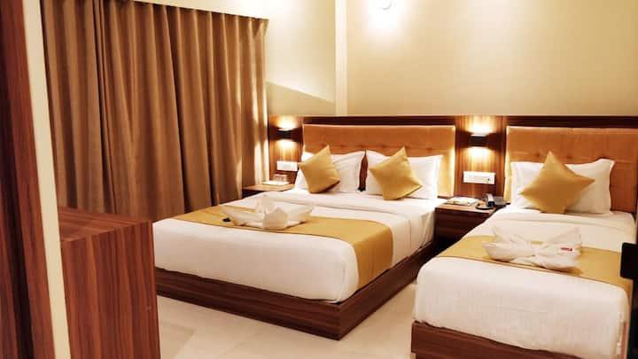 Star hotel Andheri East Near peninsula Mumbai