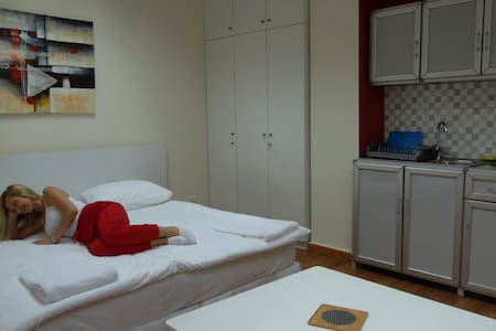 2-Convenient Private Studio minutes from Achrafieh