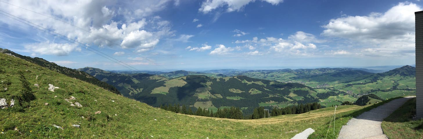 Hiking Wandern in Appenzell - Urnäsch - House
