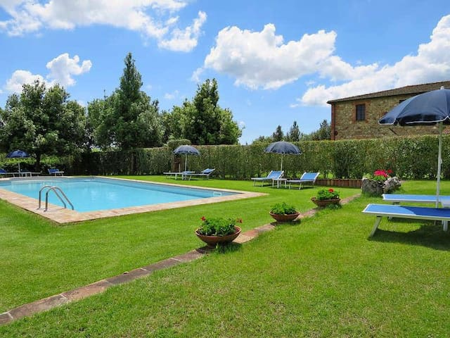 "Apartment ""The Sunflower"" - Podere Scopaione"