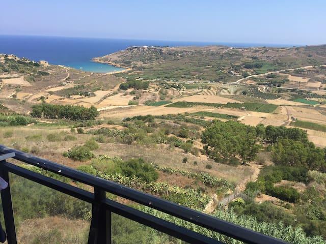 Ramla Bay view apartment (Gozo, Malta)