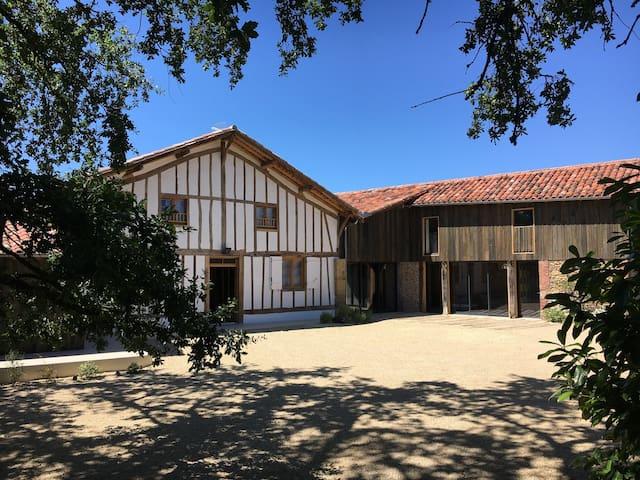 Maison Lafleur ferme historique au cœur des Landes