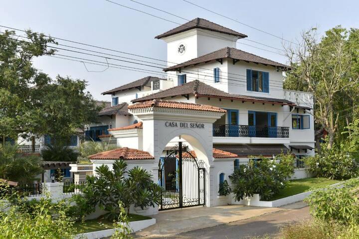 4BHK private pool Villa in Moira, Goa
