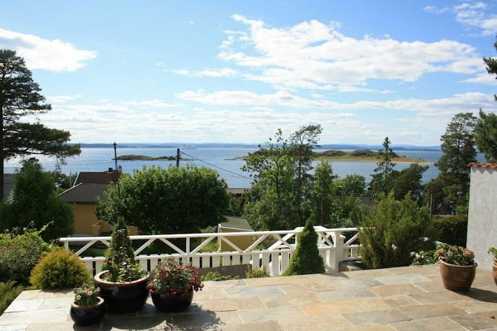 Fantastic view of Oslofjord - Rygge - House