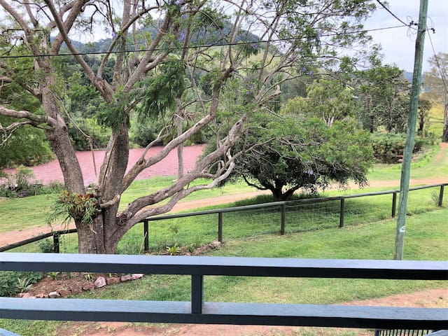 Bunya Grove Farm Stay