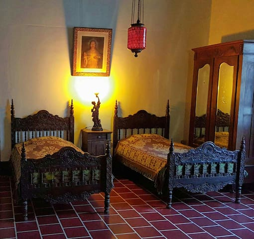 The Big Room - Antigua Guatemala - Huis
