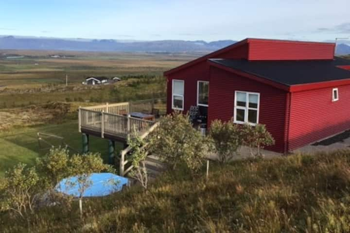 Private Villa with stunning views in South Iceland