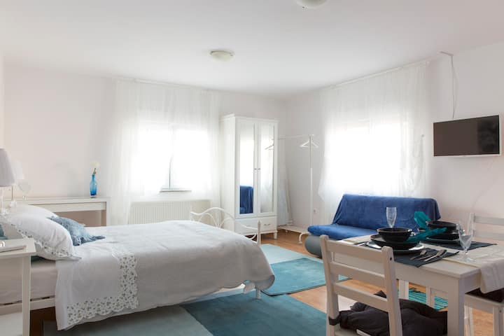 Cosy studio near city center