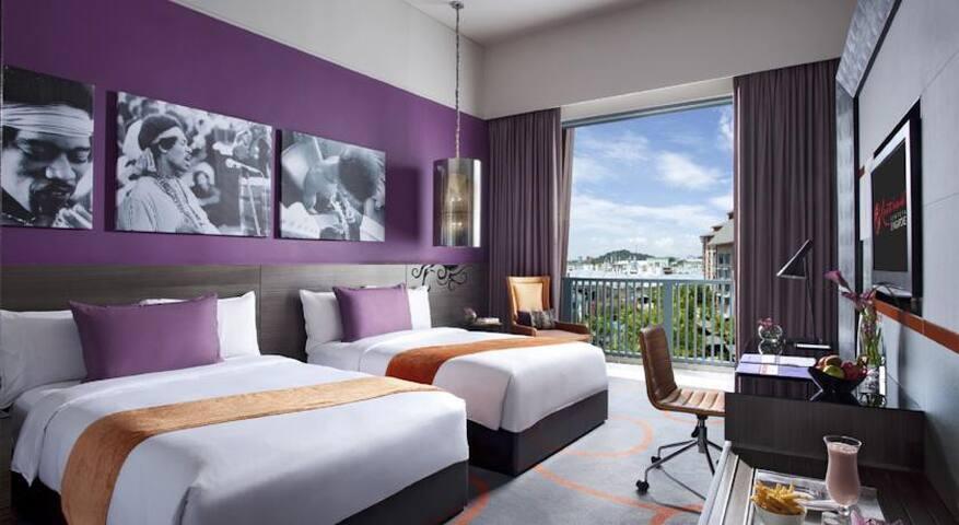 Sentosa Hardrock Hotel 圣陶沙硬石酒店