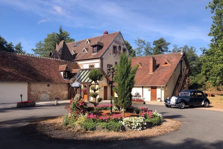 Le Moulin De Balines